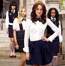 Модная школьная одежда