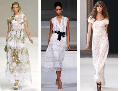 Ведущие дизайнеры в свих коллекциях представили фасоны платьев с рюшами и воланами самых разнообразных расцветок. Повлиял на это решение стиль 70-х